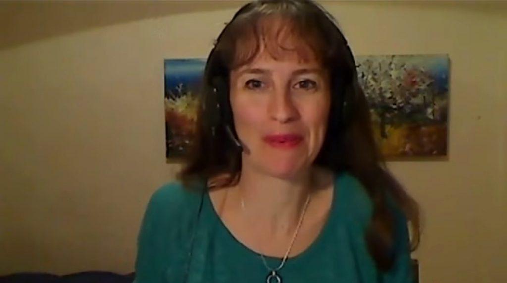סאלי תדמור מדברת על איך לתת עצות
