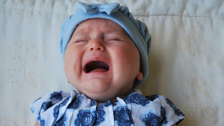 למה תינוקות בוכים? ומה נשאר לנו מזה היום?